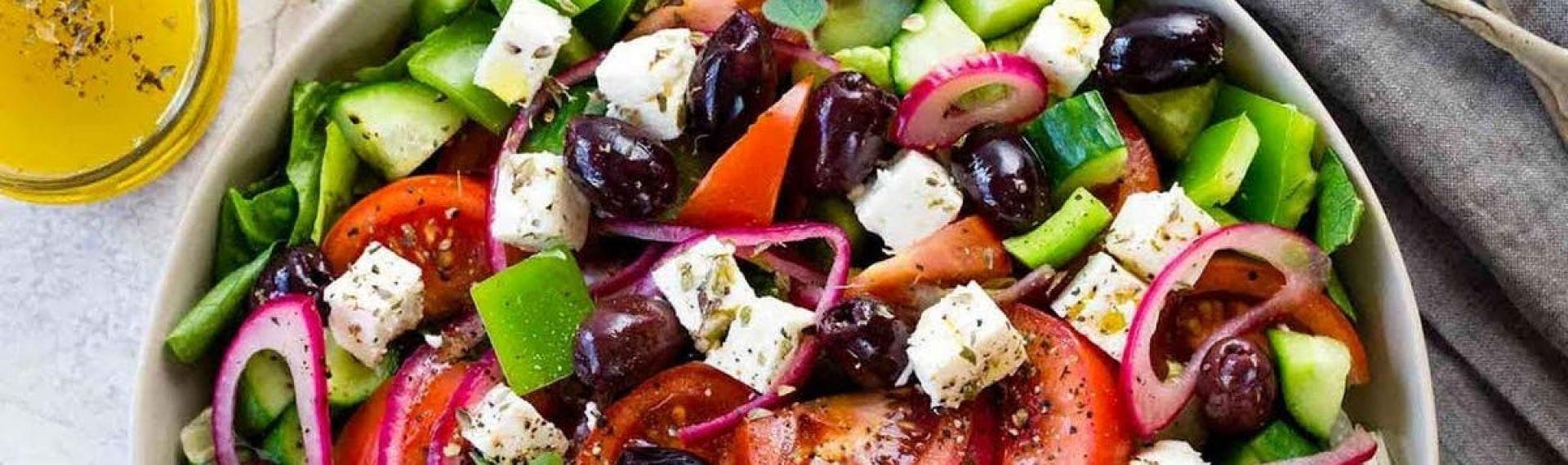 Грецький салат - це джерело вітамінів, мінералів і мікроелементів